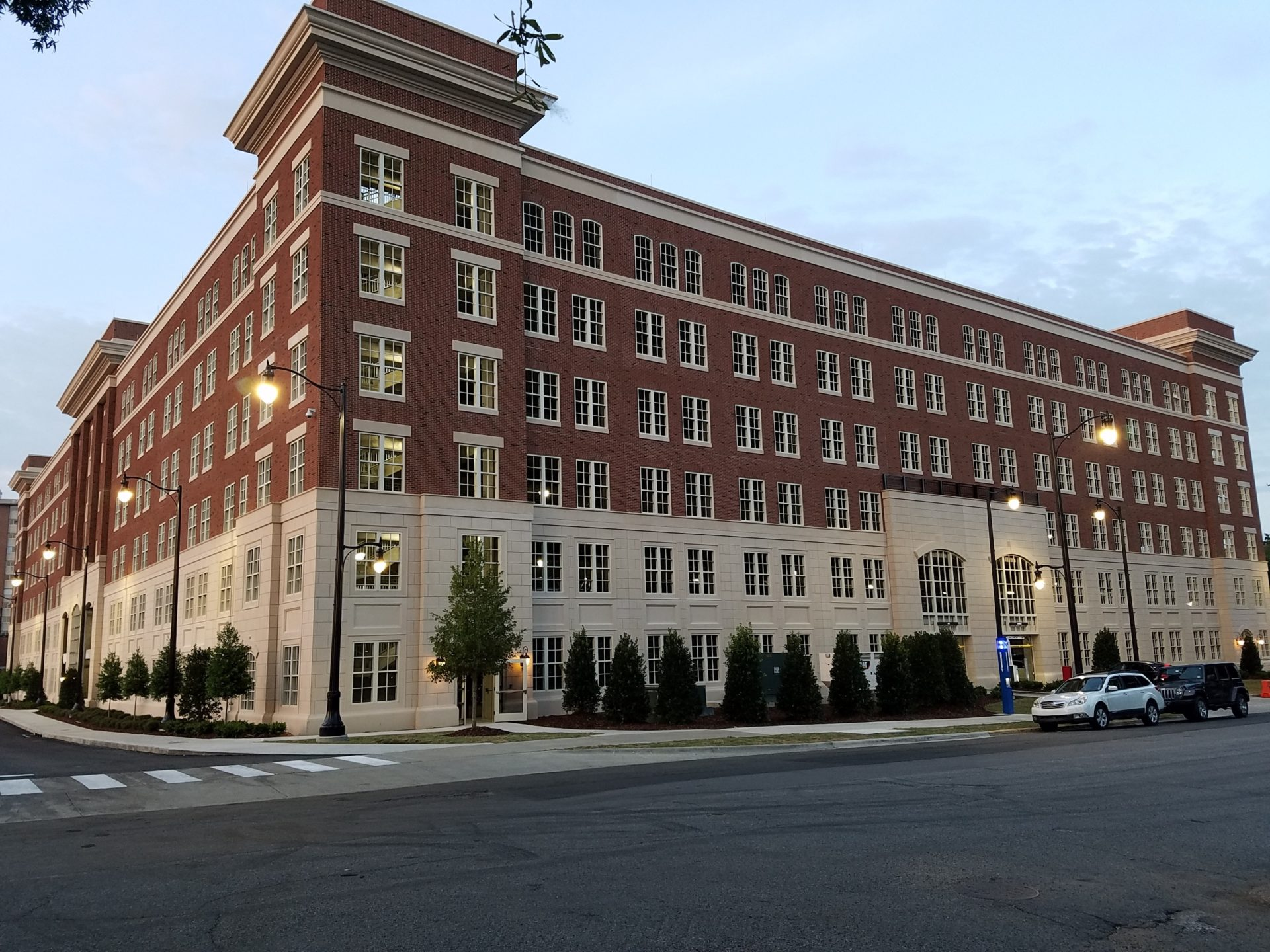 University of Alabama Parking Deck, Tuscaloosa, AL – Best Parking Structure (Façade Only)